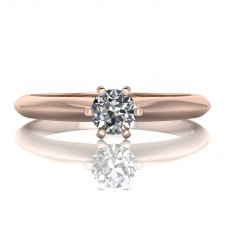 Gold ring with brilliant