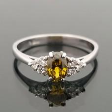 Balto aukso žiedas su cirkonio akutėmis